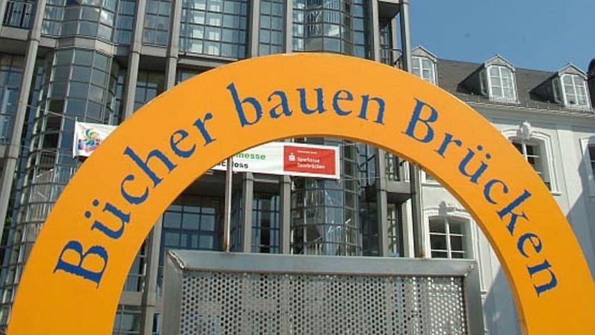 Bis am Sonntag steht Saarbrücken ganz im Zeichen des Buches.