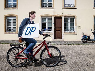 Francoise Schlink braucht als Fraktionsekretärin der DP starke Nerven, um den Überblick zu behalten.