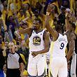 Kevin Durant und die Golden State Warriors stehen in Runde zwei.
