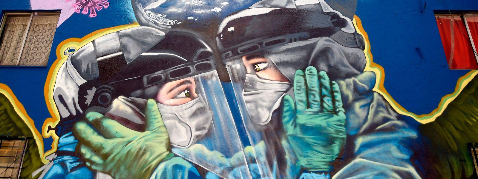 Mural dedicado à pandemia da covid-19 na Cidade do México.