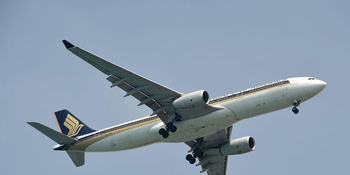 Die Richtlinie über Fluggastdaten sieht vor, dass Fluggesellschaften Daten der Reisenden an die zuständigen Behörden geben müssen.