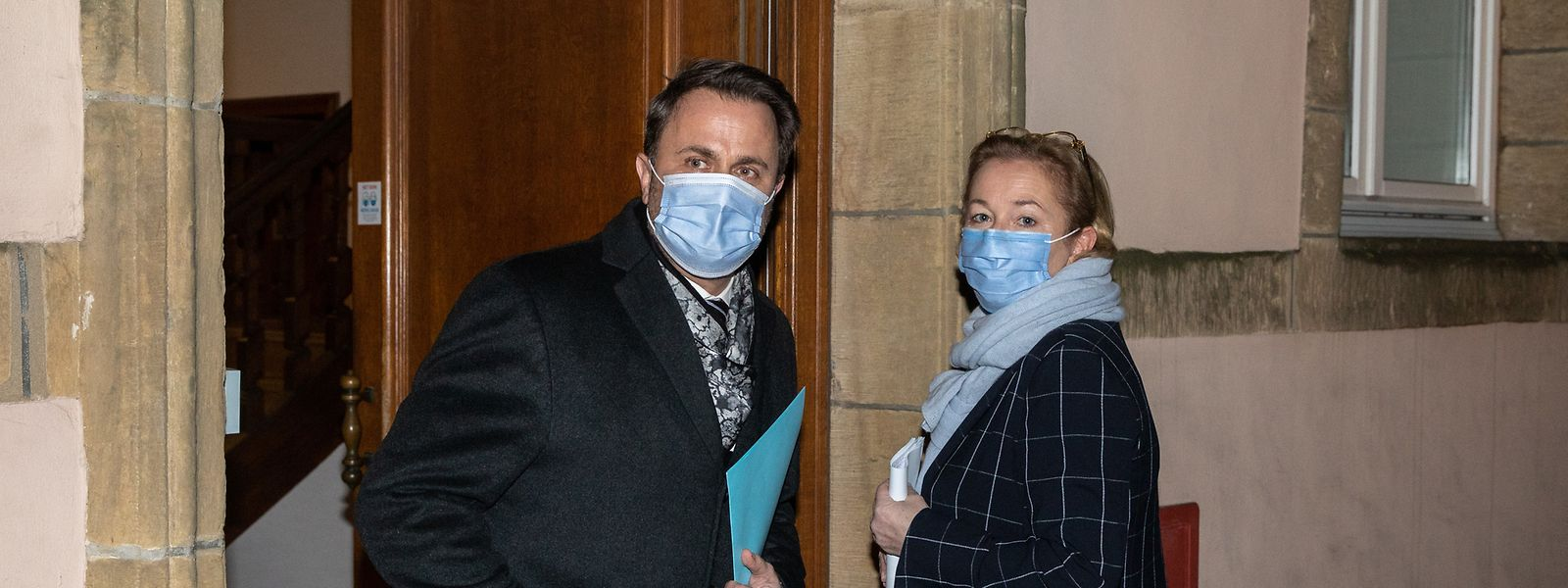 Premier Xavier Bettel und Gesundheitsministerin Paulette Lenert gaben am Montagabend nach der Kabinettssitzung die Details zu den neuen Regeln bekannt.