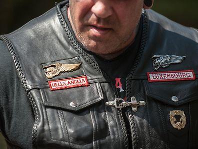 """Eric B. bei einer Polizeikontrolle am Rande des """"World Run 2016"""" der Hells Angels im Juni 2016 in Polen."""