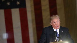 """Ernsthafte Medienkritik oder kindisches Ablenkungsmanöver? Donald Trump hat eine Liste mit """"Fake-news-Awards"""" zusammengestellt."""