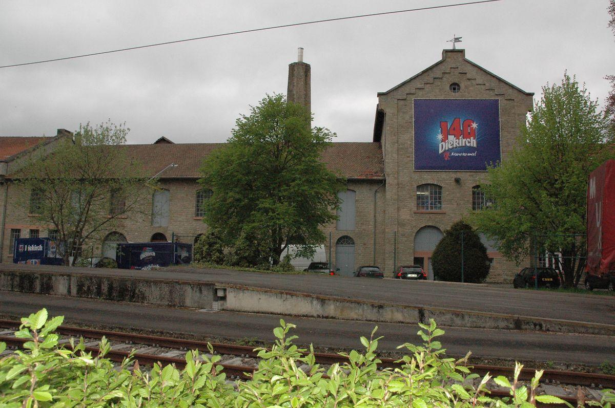 Die alte Brauerei in Diekirch vor dem Großbrand.