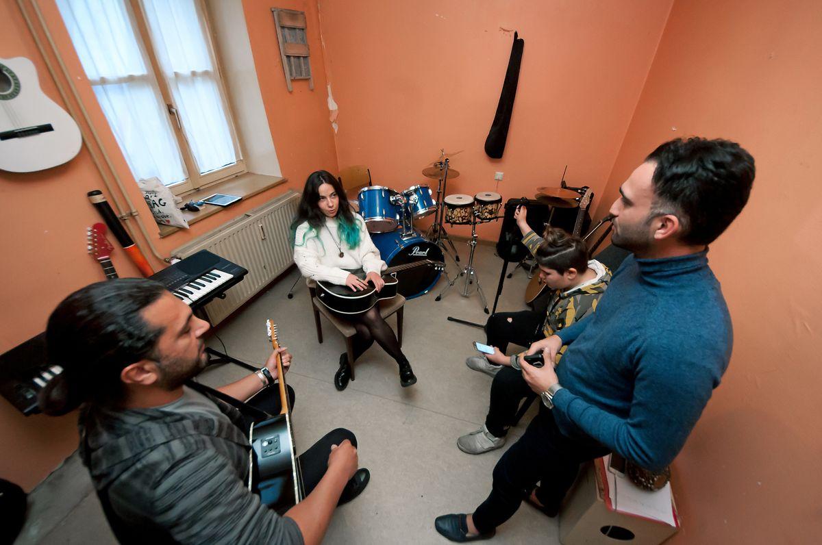 Musik- und Gesangkurse werden im Hariko angeboten.