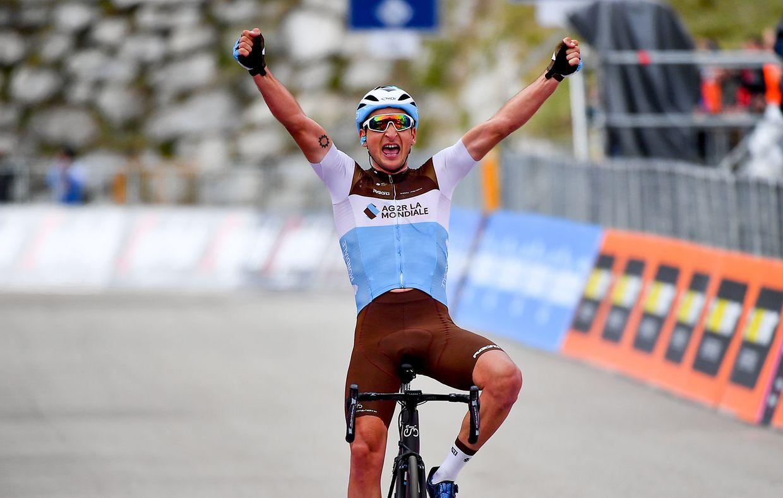 Nans Peters (F/Ag2r) gewinnt die 17. Etappe der Giro d'Italia von Commezzadura nach Anterselva über 181km.
