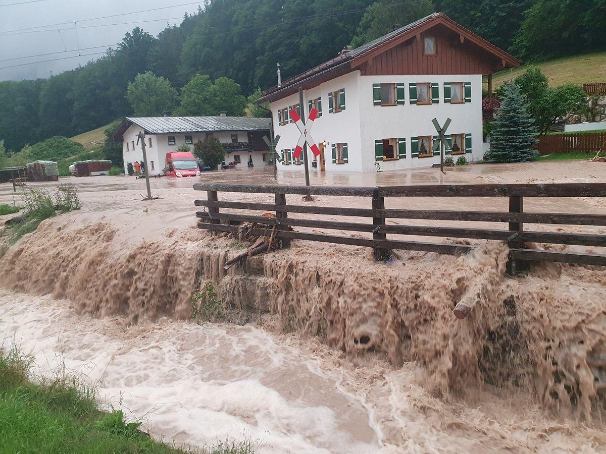 Überschwemmungen in Bischofswiesen (Bayern).