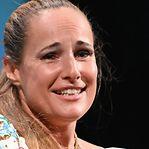As lágrimas e os agradecimentos em português de Ana Rocha de Sousa num Festival de Veneza rendido