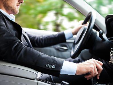 Seit Mitte 2013 wird bereits darüber diskutiert, wo luxemburgische Unternehmen Steuern zahlen, wenn deutsche Grenzgänger ihren Dienstwagen auch privat nutzen.