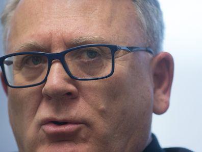 """""""Wir müssen unsere Einwanderungs- und Asylpolitik komplett überdenken"""": Arbeitsminister Nicolas Schmit im ausführlichen Interview mit dem """"Luxemburger Wort""""."""