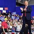 US-Präsident Trump legt im Streit um Zölle nach.