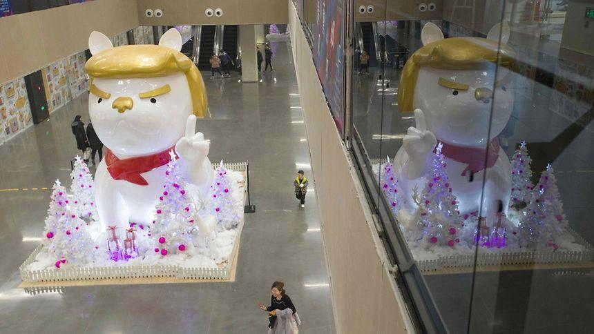 En Chine, une statue de chien ressemble à Donald Trump