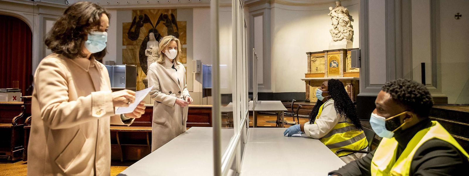 Países Baixos elegem um novo Governo na próxima semana, após a demissão do atual, presidido por Mark Rutte.