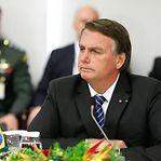 """Bolsonaro diz não ter culpa de """"absolutamente nada"""" na pandemia"""