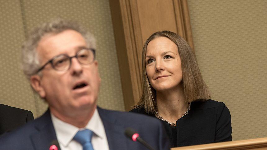 Finanzminister Pierre Gramegna hat seine Arbeit getan, nun ist Joëlle Elvinger als Berichterstatterin gefordert.
