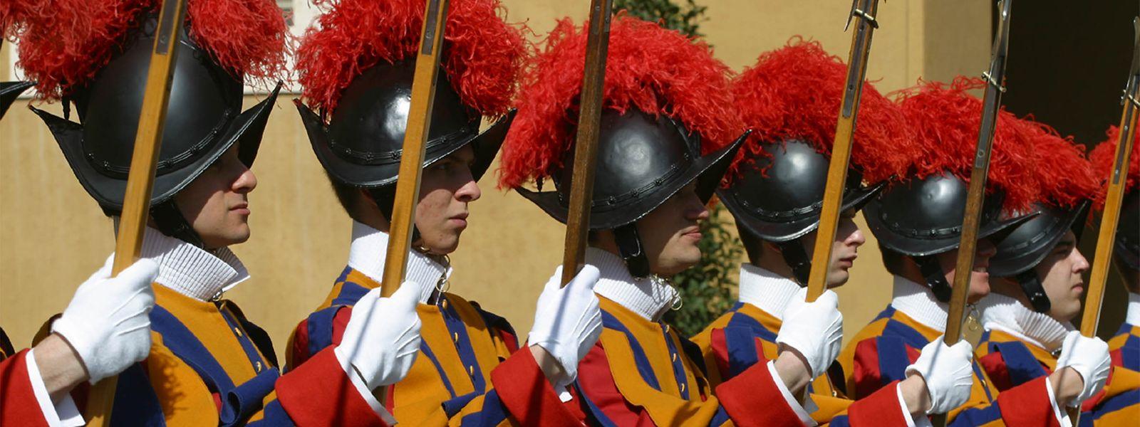 Die Schweizergarde im Vatikan ist ein beliebtes Fotomotiv für Millionen von Besuchern aus aller Welt.