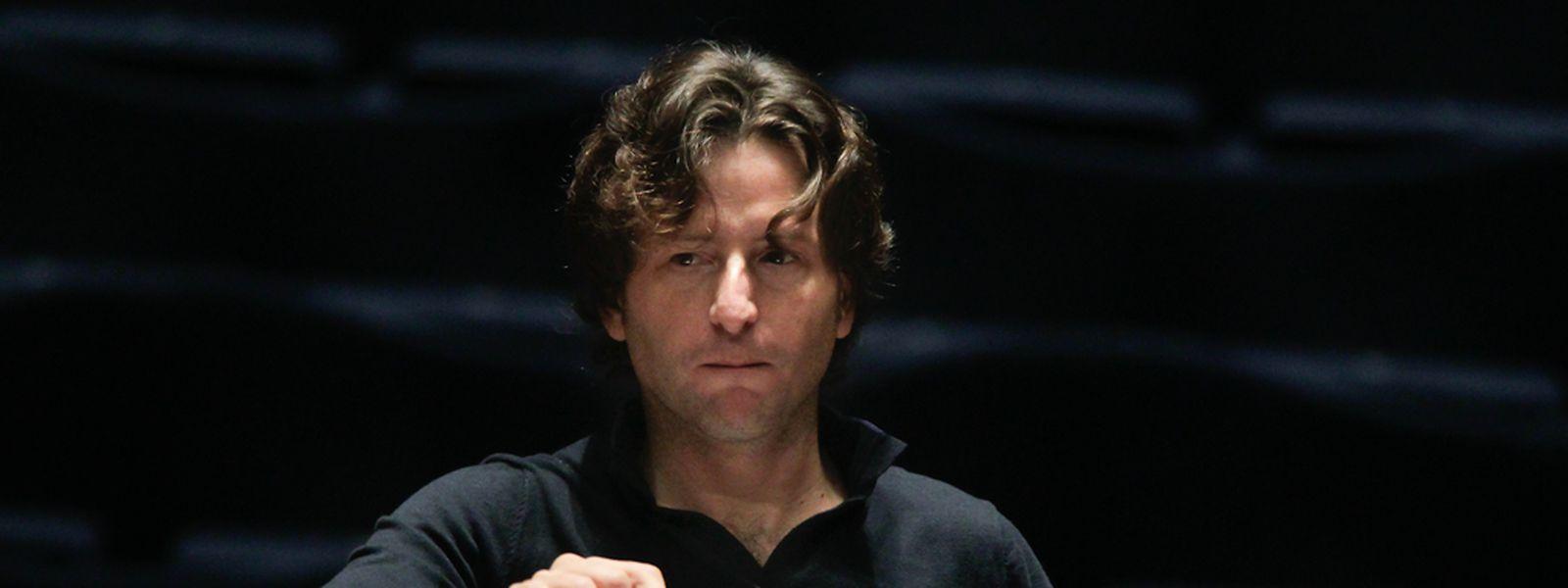 Gustavo Gimeno en répétition avec l'OPL