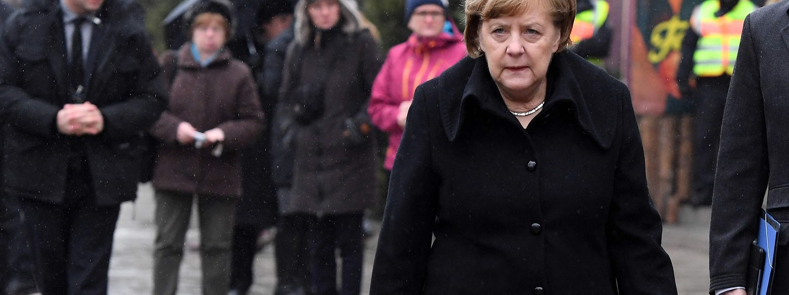 Angela Merkel kann sich nicht mehr auf den Rückhalt der Deutschen verlassen - jeder Zweite möchte sie nicht weitere vier Jahre im Amt sehen.