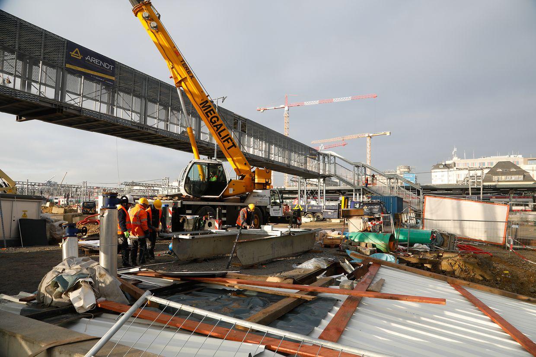 Des travaux restent en cours sur la gare et à ses abords. Pas seulement côté centre-ville mais aussi vers la rocade de Bonnevoie.