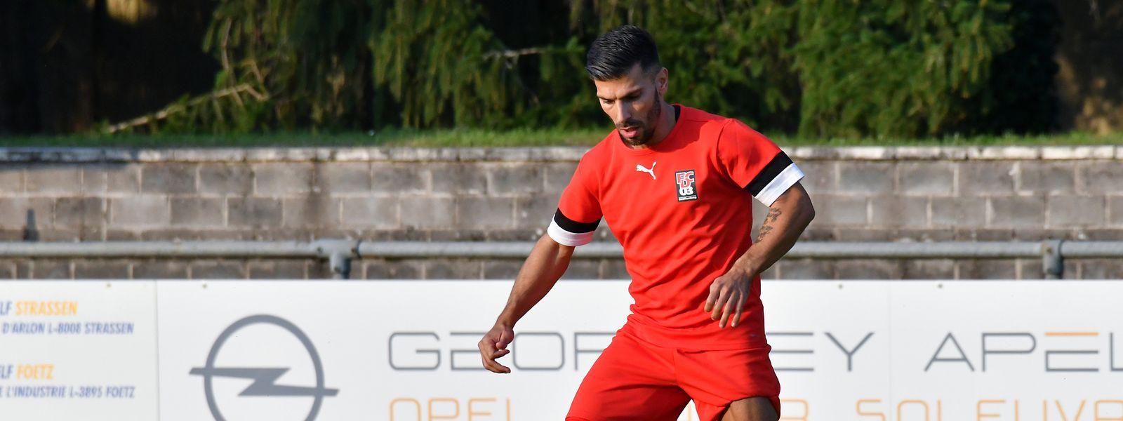 Offensivakteure wie Neuzugang Daniel da Mota müssen bei Differdingen auch gegen den Ball hart arbeiten.