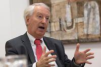 Interview Claude Wirion au Commissariat aux Assurances, a Luxembourg, le 30 janvier 2015.