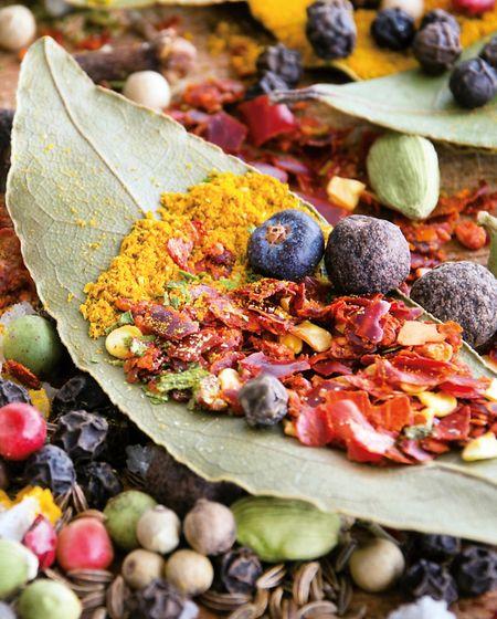Spezielle in Europa hergestellte Ayurveda-Gewürzmischungen sind hinsichtlich ihrer Qualität oft besser einzuschätzen als Produkte asiatischer Herkunft.