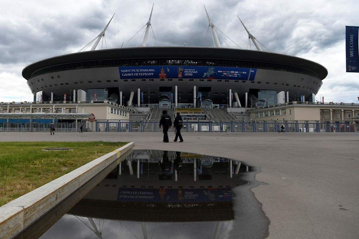 Saint-Pétersbourg Arena (68.000 places). Matchs disputés (7): Maroc - Iran (15 juin), Russie - Egypte (19 juin), Brésil - Costa Rica (22 juin), Nigeria - Argentine (26 juin), un huitième de finale (3 juillet), une demi-finale (10 juillet), match pour la 3e place (14 juillet).