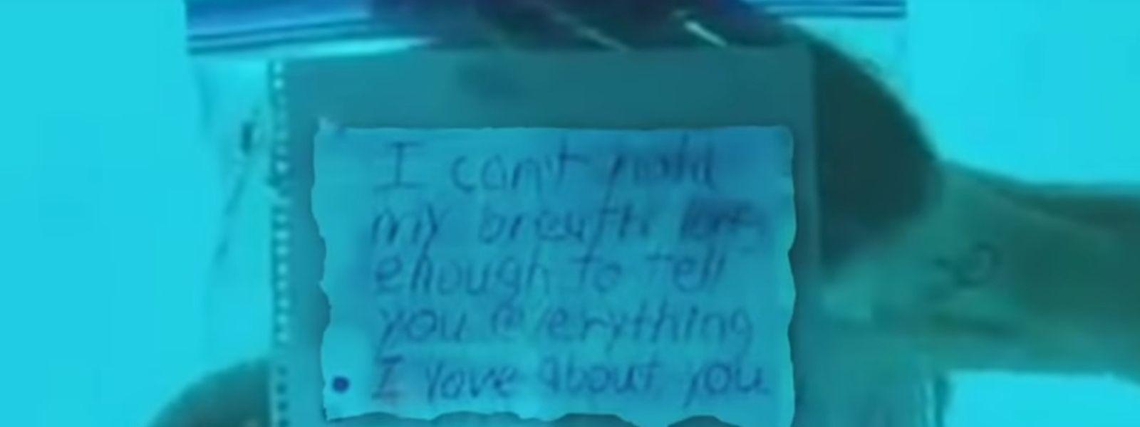 Der Unterwasser-Heiratsantrag ist auf dem Video zu sehen.
