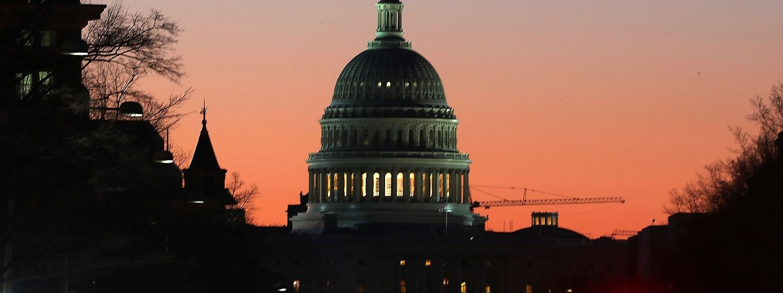 Das Kapitol in der Morgensonne. In der Nacht auf Freitag (MEZ) steht hier die erste wichtige Abstimmung der Trump-Regierung an.