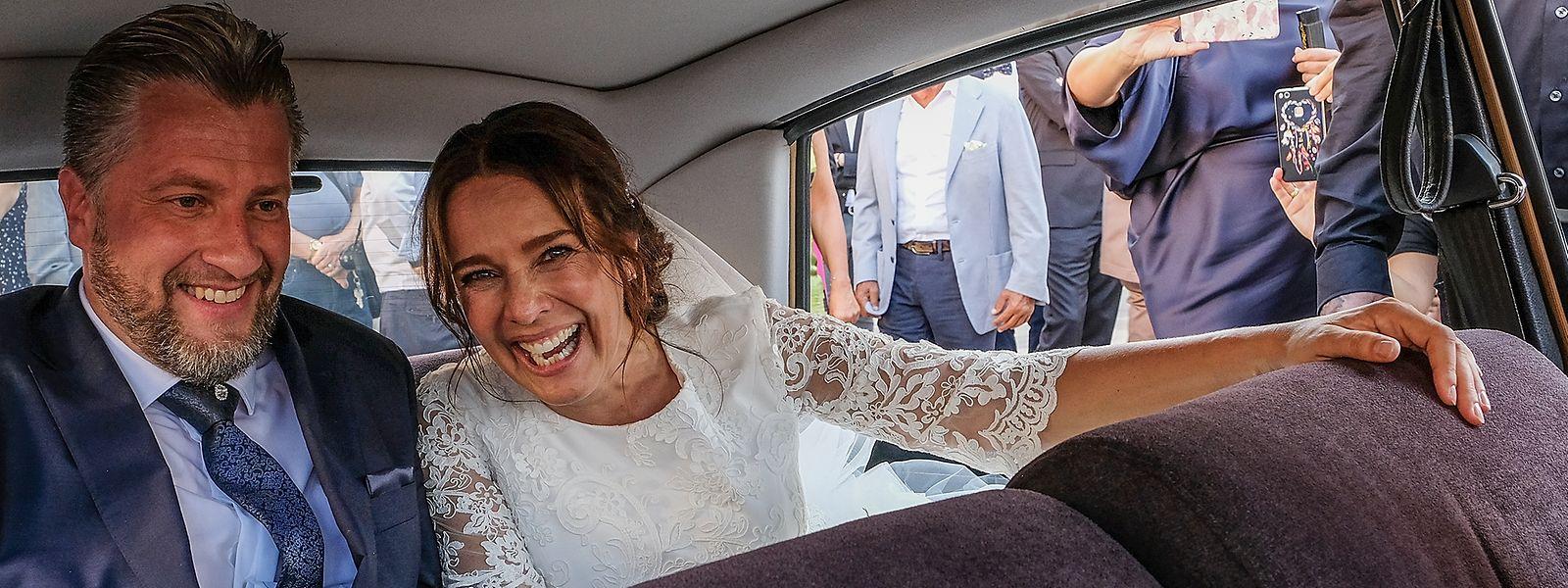 Das glückliche Brautpaar: Desirée Nosbusch und Tom Bierbaumer.