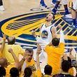 Erleichterung: MVP Stephen Curry war mit 36 Punkten Topscorer.