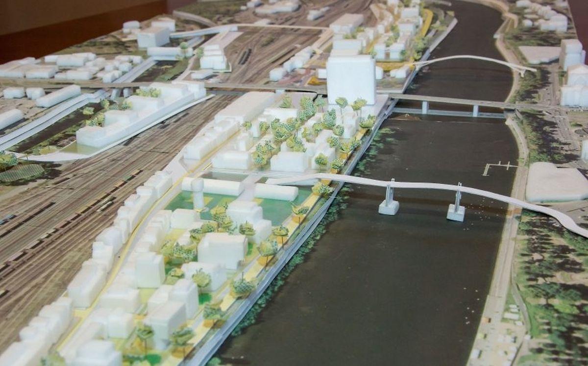 Une future passerelle fera la liaison entre le parvis de la gare et le centre-ville.