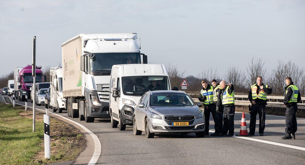 Kontrollen an der deutsch-luxemburgischen Grenze.