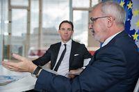 Kommissionsvizepräsident Katainen und EIB-Präsident Hoyer sehen weiterhin Bedarf für den Juncker-Plan.