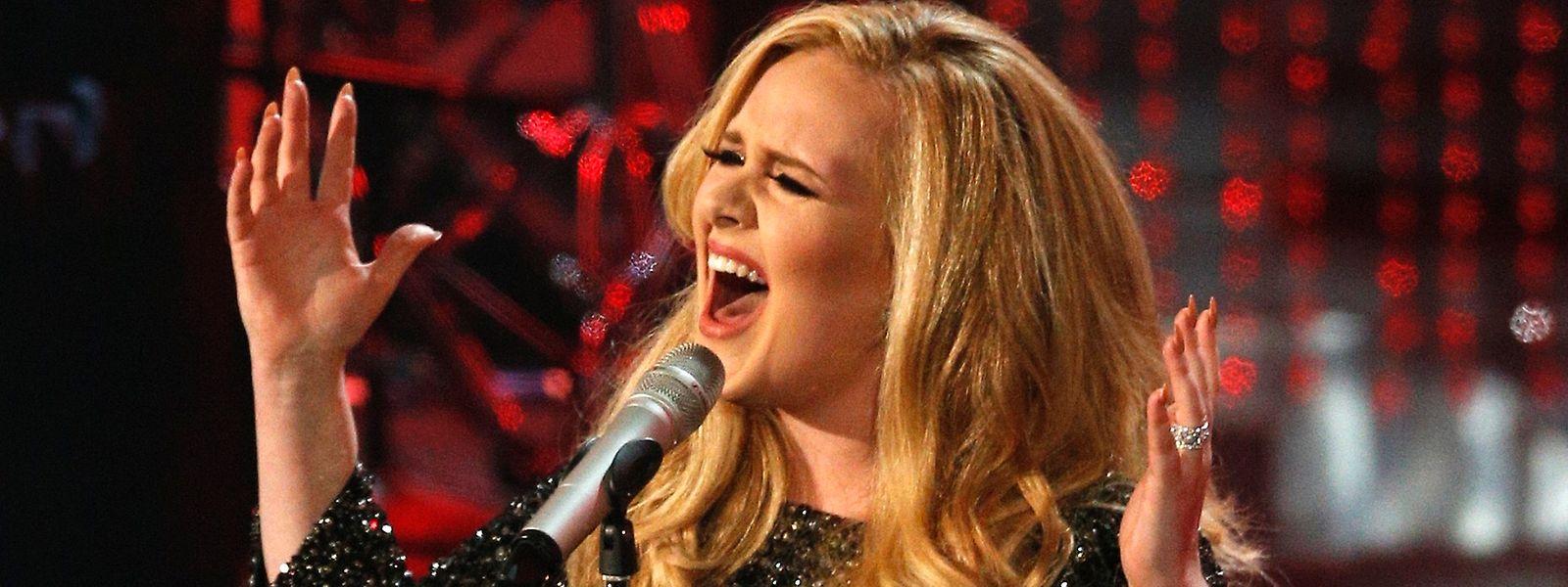"""Adele a battu un record avec sa nouvelle chanson """"Hello""""."""