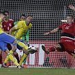Mikael Lustig zum 1-0 - Aurélien Joachim zu spät /Luxemburg - Schweden / Fussball WM Qualifikation 07.10.2016 / Foto: Fabrizio Munisso
