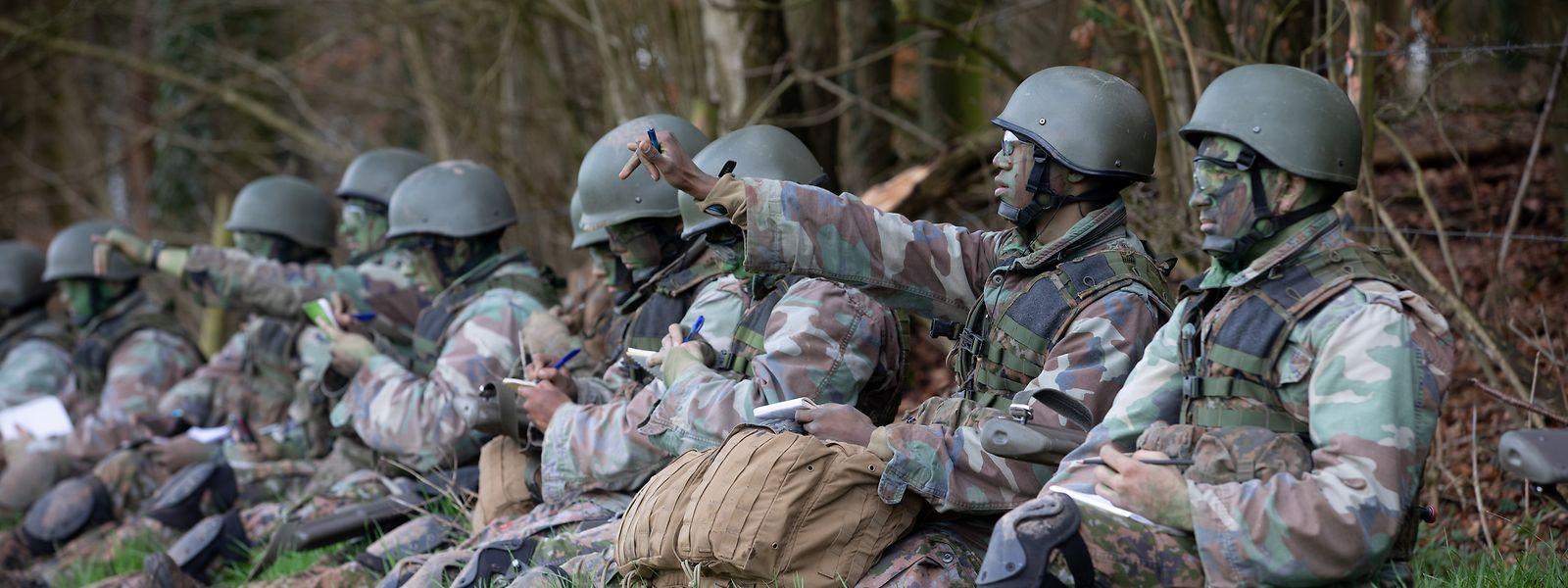 En 2014, le gouvernement luxembourgeois s'est engagé à augmenter son effort de défense de 0,4% du PIB en 2014 à 0,6% en 2020.