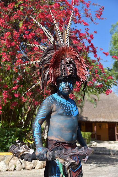 Ein Mayakrieger als Fotomodell