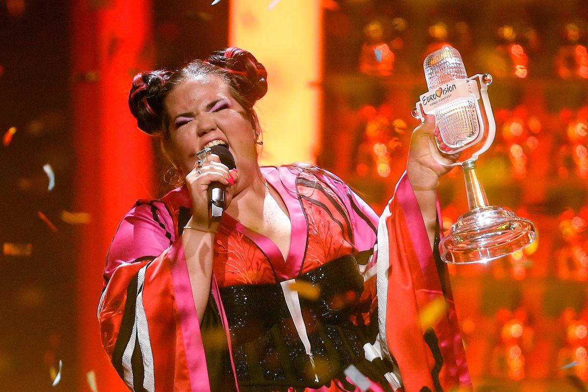 """A artista israelita Netta foi a vencedora da Eurovisão 2018 com o tema """"Toy""""."""