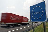 27.06.05 autoroute belge, E411, direction Arlon, photo: Marc Wilwert