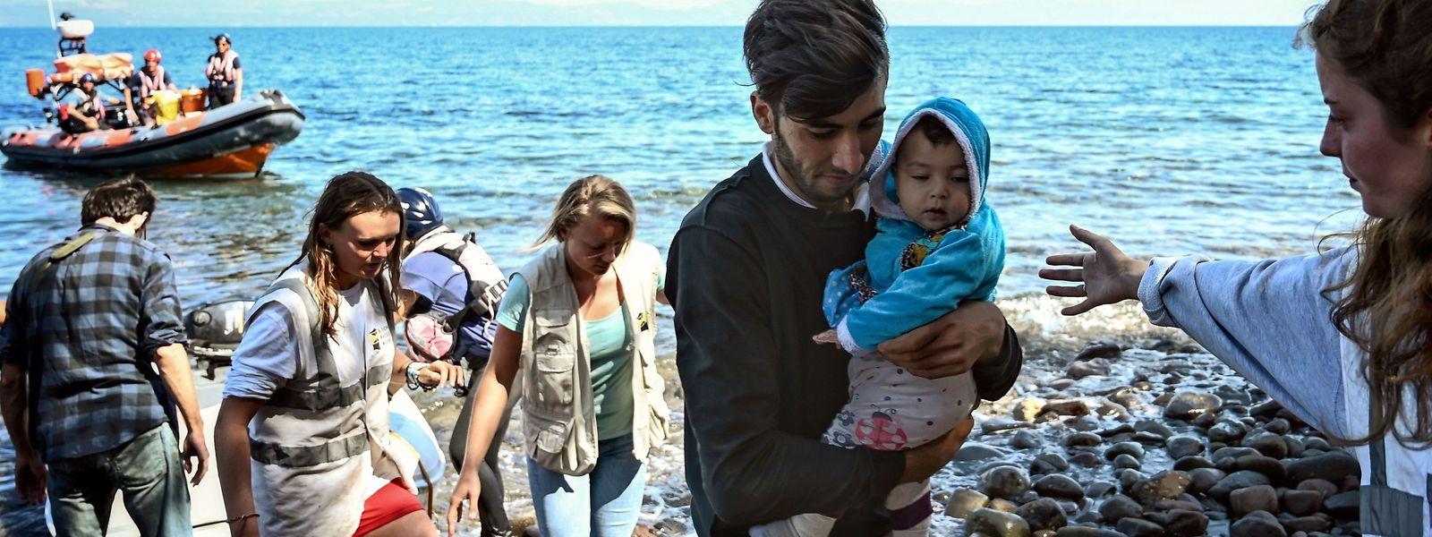 Im August sind doppelt so viele Flüchtlinge und Migranten auf den griechischen Ägäisinseln angekommen wie im Vorjahr.