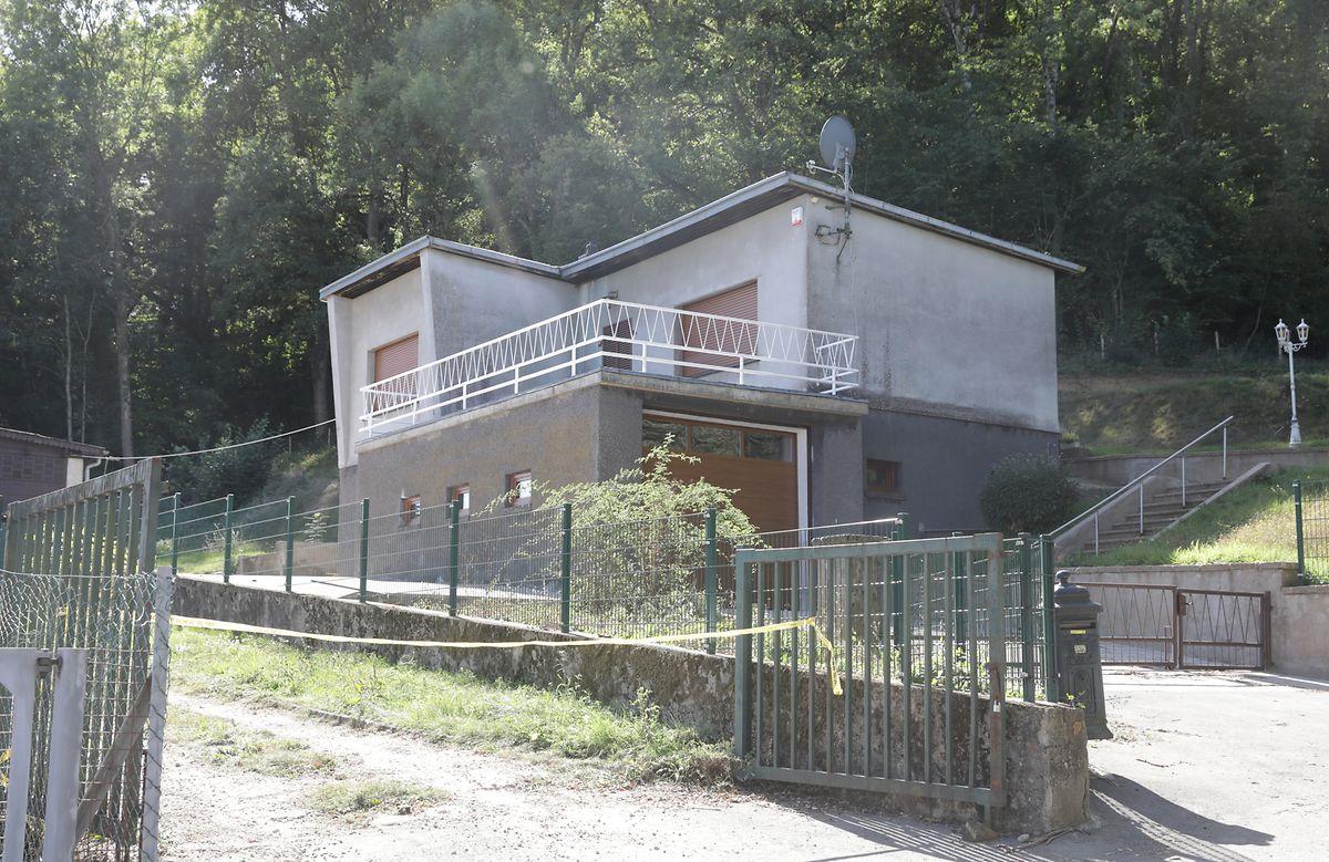 La maison dont Roberto Traversini a hérité, a fait l'objet de travaux sans autorisation préalable alors qu'elle se situe en zone naturelle. Une autre «erreur» que reconnaît le bourgmestre.