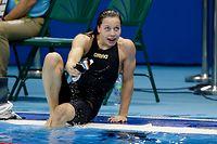 Ziel / Schwimmen 50m Freistil Julie Meynen 12.08.2016 / Rio 2016 Olympische Spiele / Jeux Olympiques  / Foto: Fabrizio Munisso