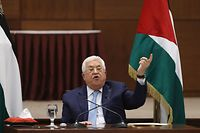 Palestinian President Mahmoud Abbas speaks during the Palestinian leadership meeting at his headquarters in the West Bank city of Ramallah, on May 19, 2020. - The Palestinian President again threatened to end security coordination with Israel and the United States, saying Israeli annexation would ruin chances for peace. (Photo by Alaa BADARNEH / POOL / AFP)