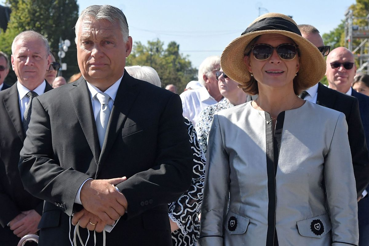 Auch Viktor Orbán und seine Frau Aniko Levai nahmen an der Messe teil.
