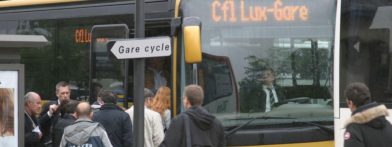 Les CFL promettent «un renfort important» du service de substitution des trains par des bus.