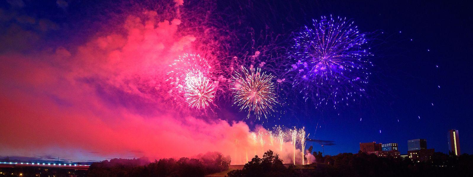 Das Feuerwerk beginnt um 23 Uhr.