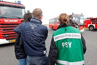 11.10. Flughafen / Feuerwehruebung / Groupe de Soutien Psychologique de la Protection Civile / Psy / GSP    Foto: Guy Jallay