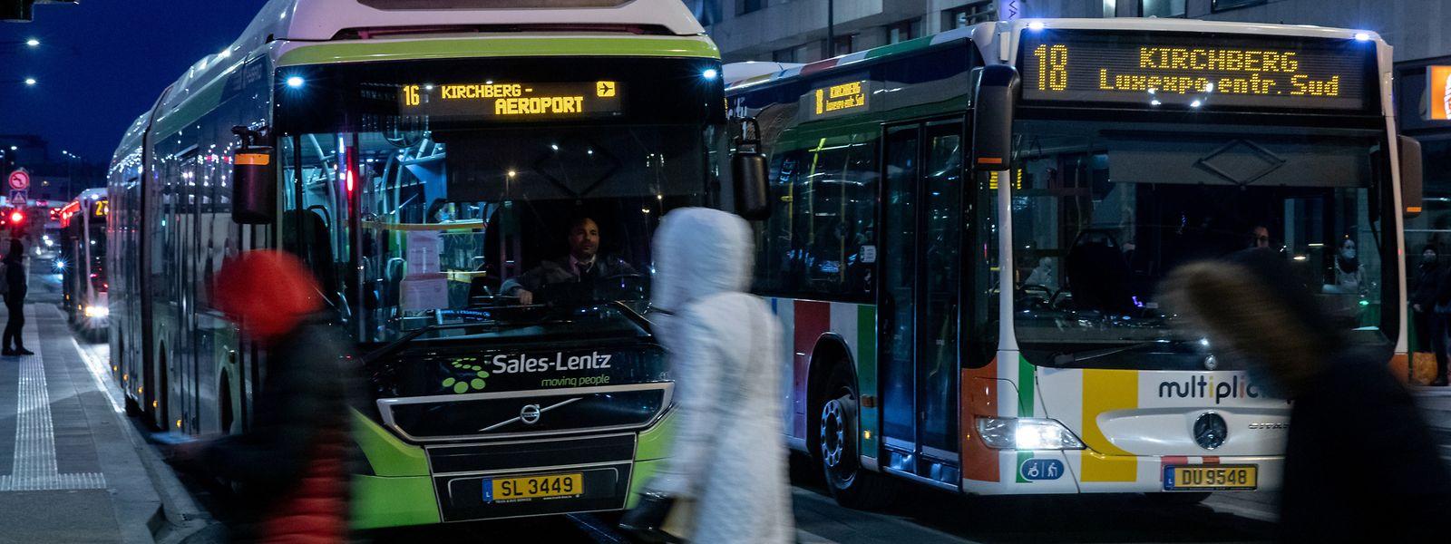 Von Sonntag an werden sich täglich 1.700 Busse weniger durch das Stadtzentrum quetschen. Die Nutzer der RGTR-Linien werden zur Tramstrecke gebracht, um dann per Schiene zum ihrem Ziel zu gelangen.